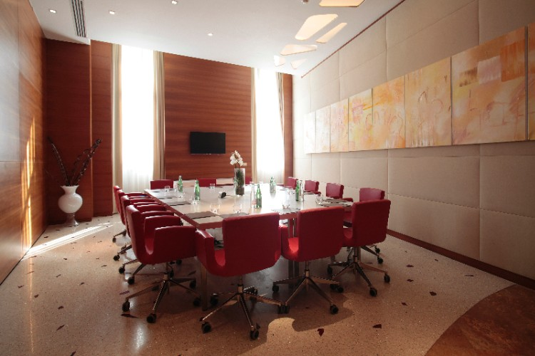 Photo of Opera Meeting Room