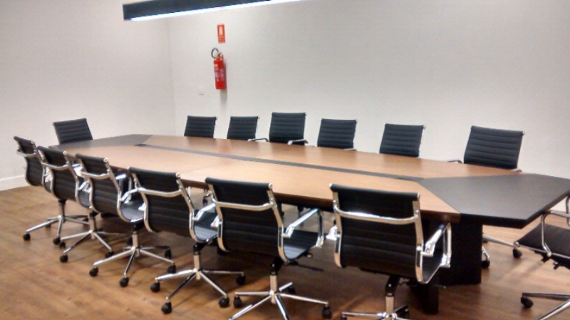 Sala Rubi Meeting Space Thumbnail 1