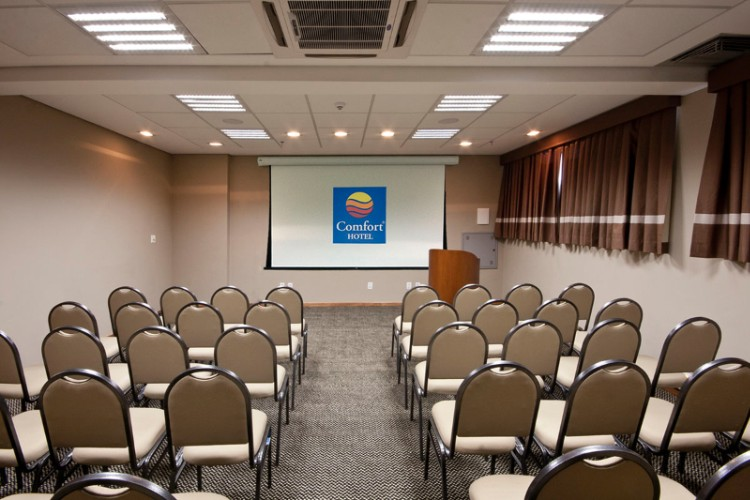 Sala Rio Pardo Meeting Space Thumbnail 2