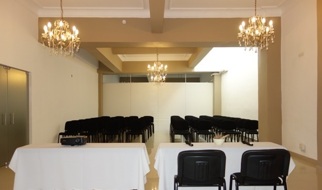 Salon Del Plata Meeting Space Thumbnail 2