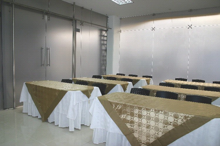 SALON MARMARA Meeting Space Thumbnail 2