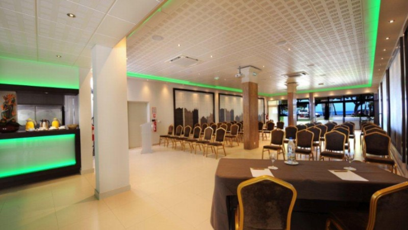 Oceane Meeting Room Meeting Space Thumbnail 1