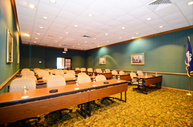 Lafayette Meeting Space Thumbnail 2
