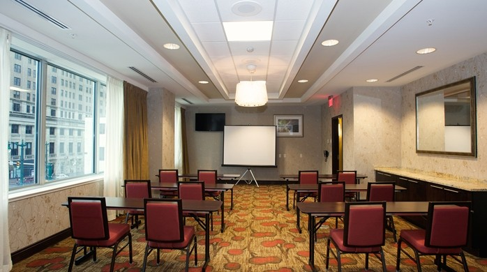 Lafayette Room Meeting Space Thumbnail 1