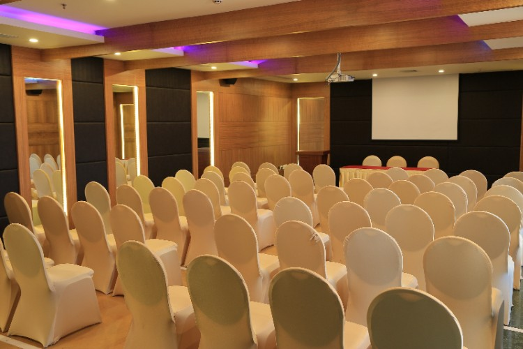 Tulip Hall Meeting Space Thumbnail 2