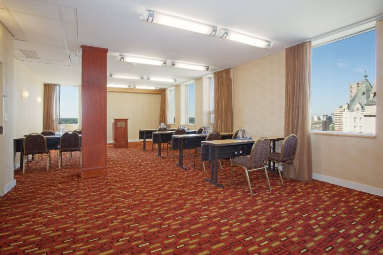 Fraser Suite Meeting Space Thumbnail 2