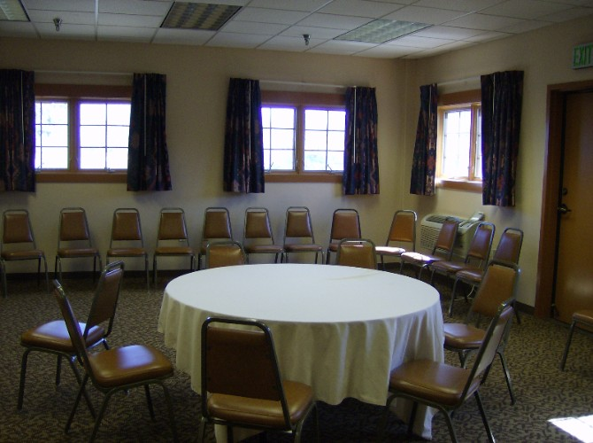Pinon Room Meeting Space Thumbnail 1