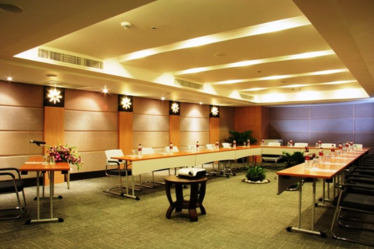 Photo of Neptue Meeting Room