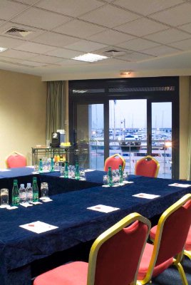 ANTIBES Meeting Space Thumbnail 1