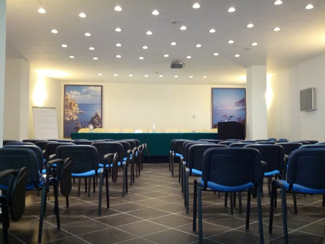 Sala Meeting Meeting Space Thumbnail 2