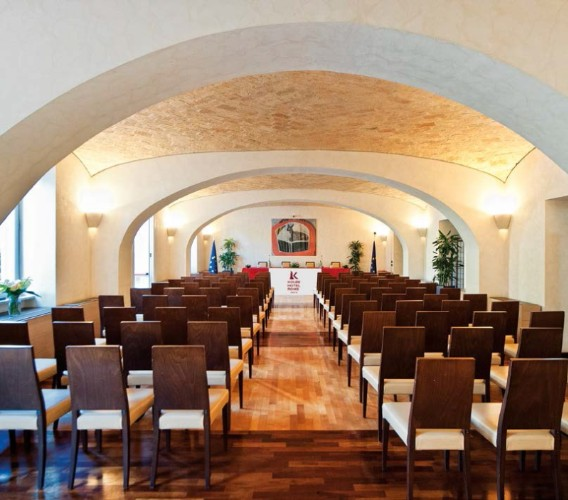 Colosseo Meeting Room Meeting Space Thumbnail 1