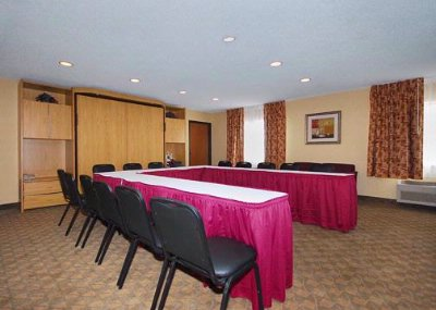 Comfort Inn Conference Room Meeting Space Thumbnail 2