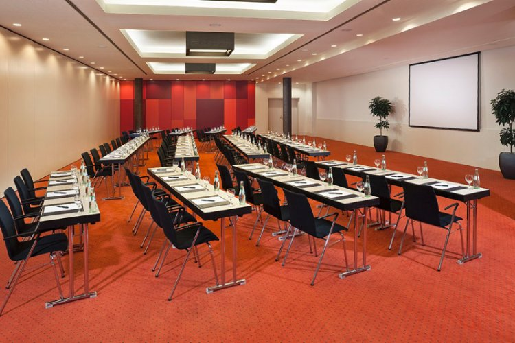 Barcelona 2 Meeting Space Thumbnail 1
