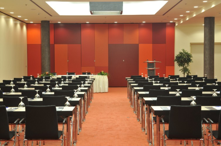 Barcelona 2 Meeting Space Thumbnail 2