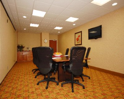Comfort suites eugene or 3060 east 25th 97403 for 125 12th street 4th floor oakland ca 94607
