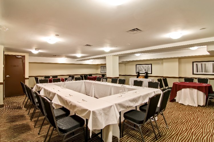 Oshawa Room Meeting Space Thumbnail 2