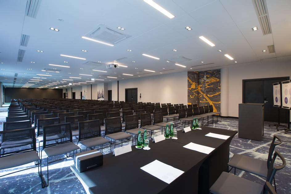 Berlin (C) Meeting Space Thumbnail 1