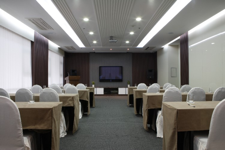 Multi purpose room Meeting Space Thumbnail 2