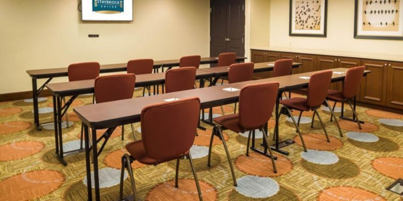 Photo of Staybridge Meeting Room
