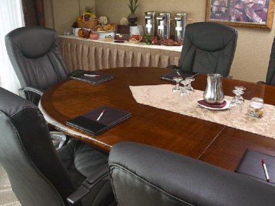 Photo of Corona Boardroom