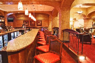 Bucci's Restaurant & Lounge Meeting Space Thumbnail 1