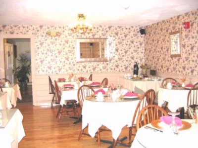 Dining Room Meeting Space Thumbnail 2