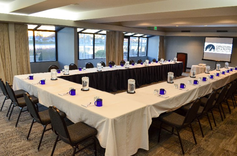 Bayside Room Meeting Space Thumbnail 2