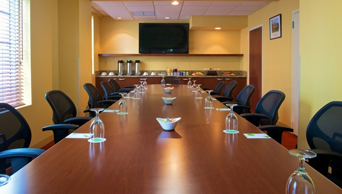 Photo of Chrome Boardroom
