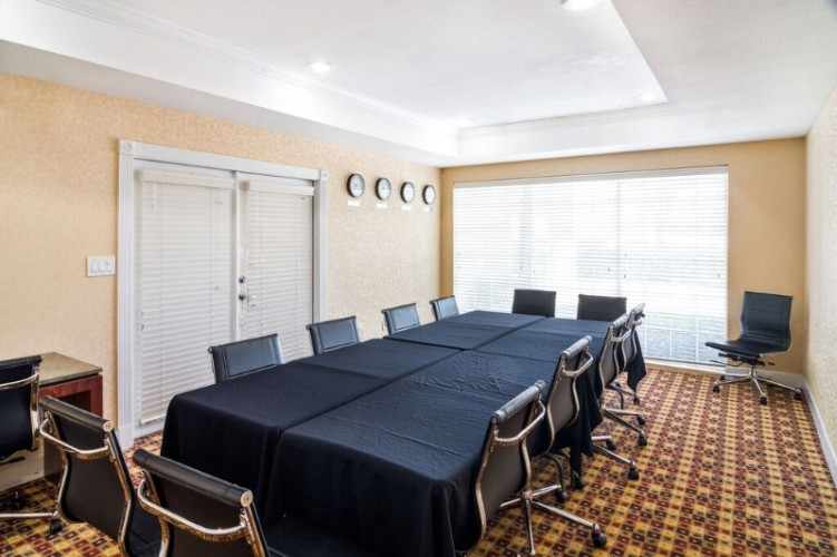 Photo of Mustang Conference Room