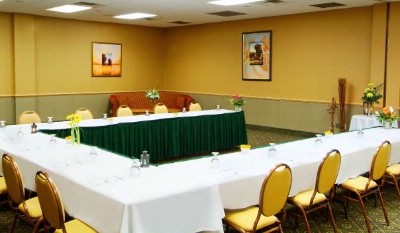 Algonquin Room Meeting Space Thumbnail 2