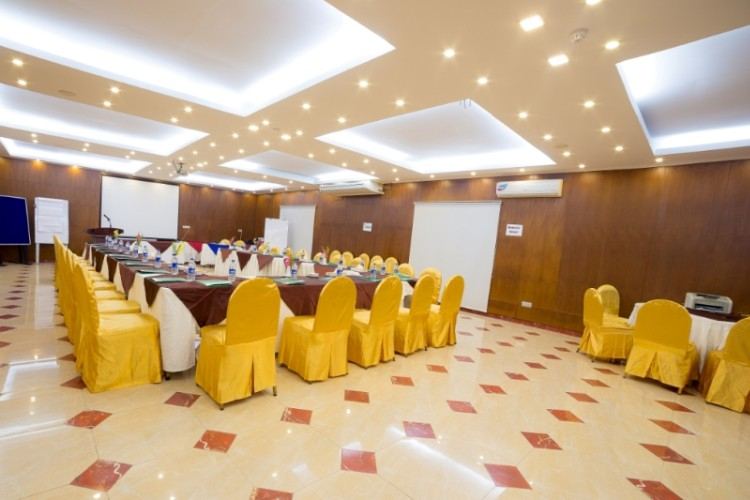 Banquet Hall -Cloud9 Meeting Space Thumbnail 1
