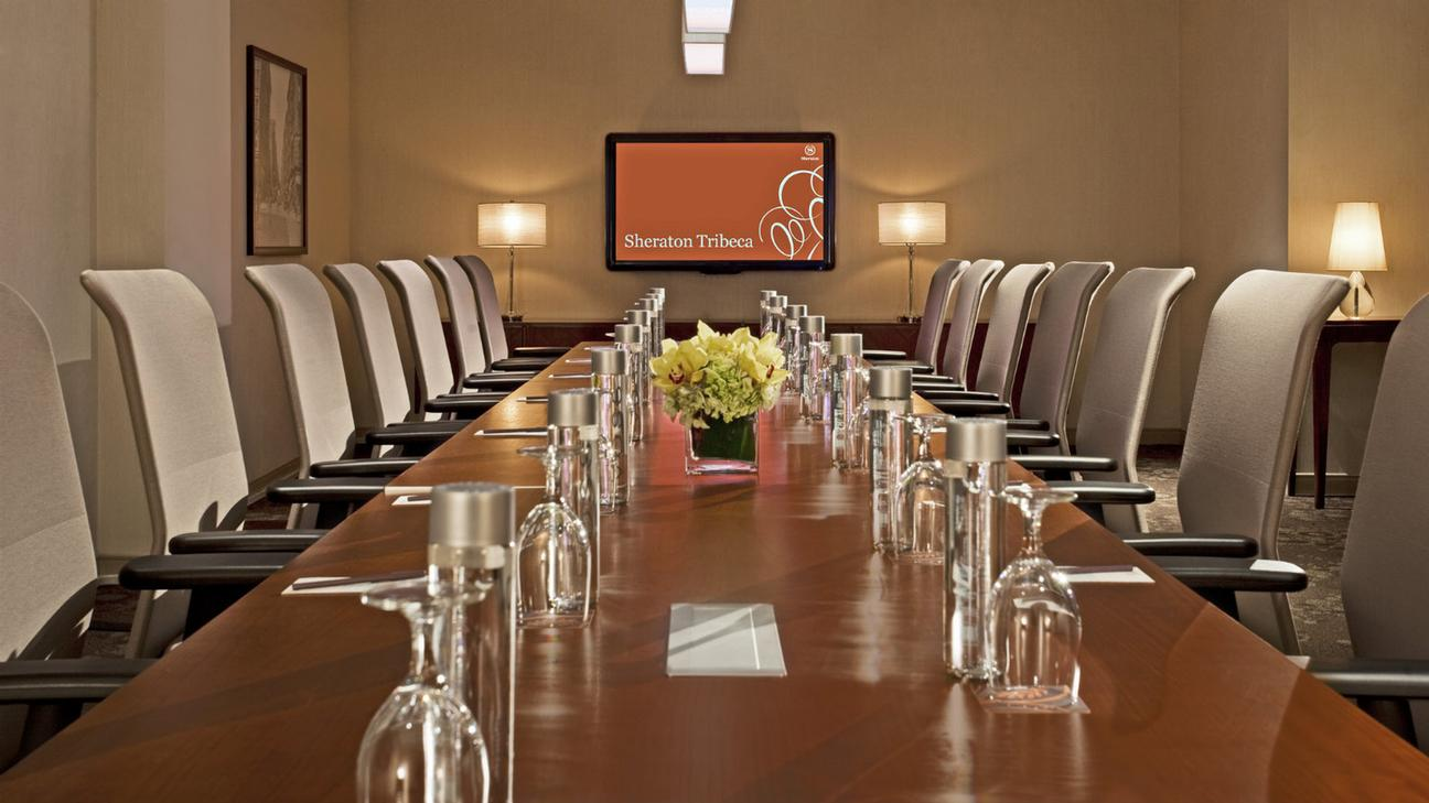 Photo of Hudson Boardroom