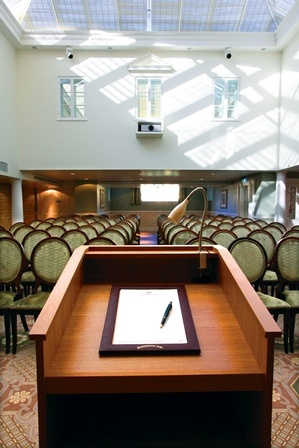 De La Bere Court Meeting Space Thumbnail 1