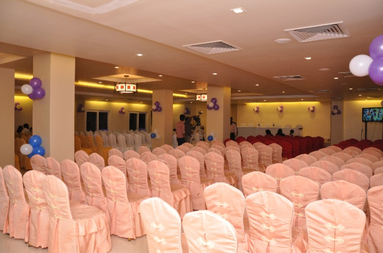 Laurel Banquet Hall Meeting Space Thumbnail 2