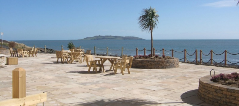 Outdoor Sea-View Terrace Meeting Space Thumbnail 1