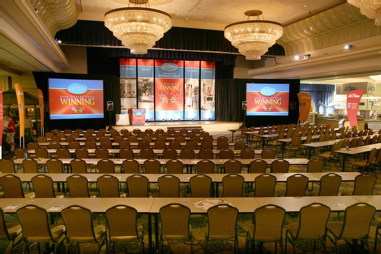 Majestic Ballroom Meeting Space Thumbnail 2