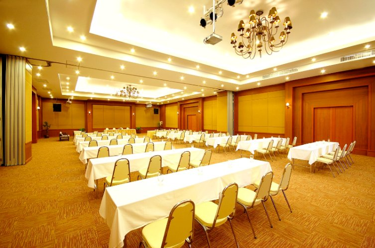 Palm Meeting room Meeting Space Thumbnail 2