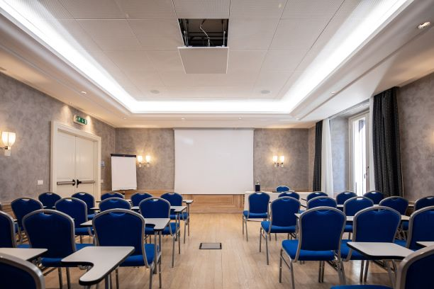 Borghese Meeting Space Thumbnail 1