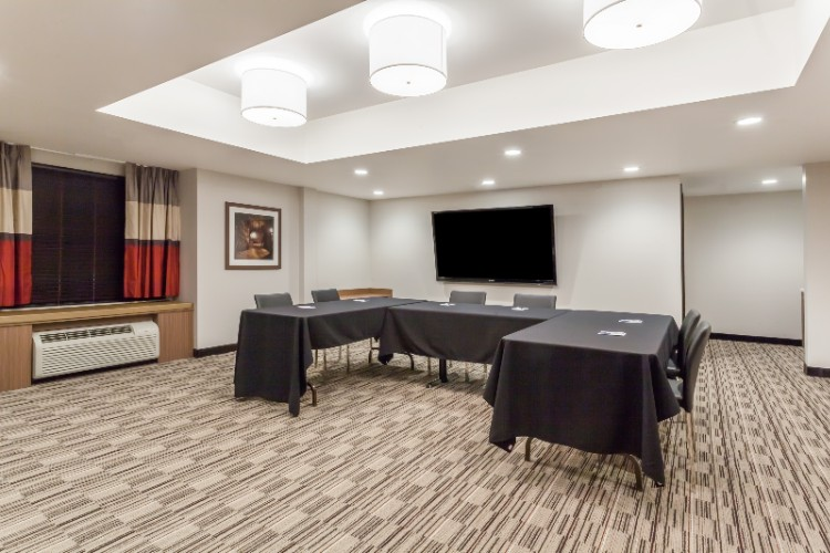 Photo of Microtel Conference Room