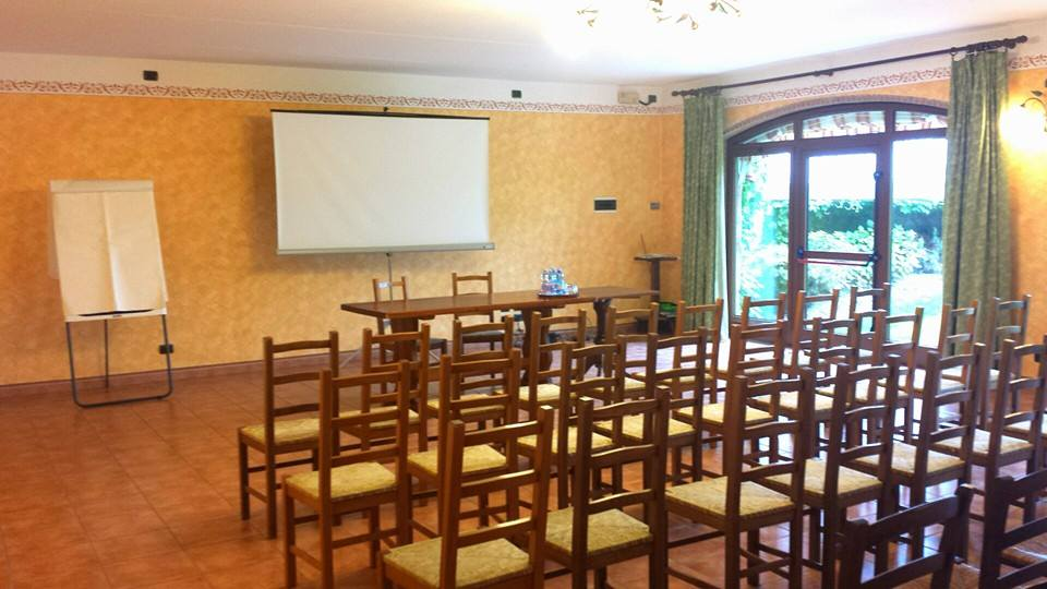 sala riunioni Meeting Space Thumbnail 1