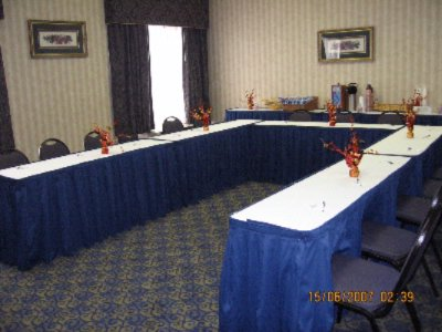 Hospitality Suite Meeting Space Thumbnail 3