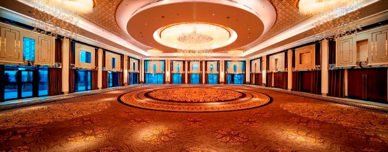 Crystal Ballroom Meeting Space Thumbnail 1