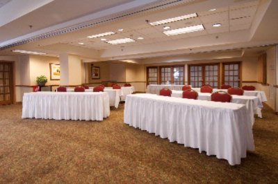 Lake Norman Room Meeting Space Thumbnail 2