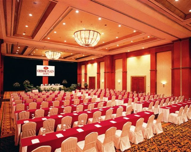 Tiara Grand Ballroom Meeting Space Thumbnail 1