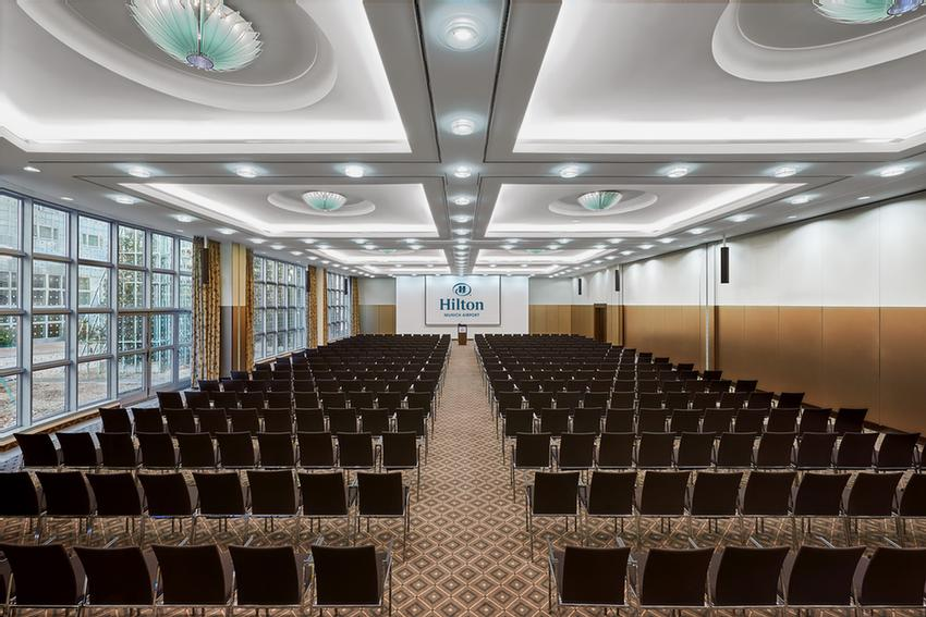 Ballroom München I & II Meeting Space Thumbnail 3