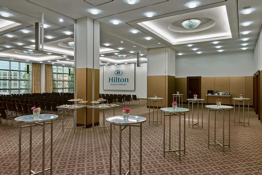 Ballroom München I & II Meeting Space Thumbnail 1