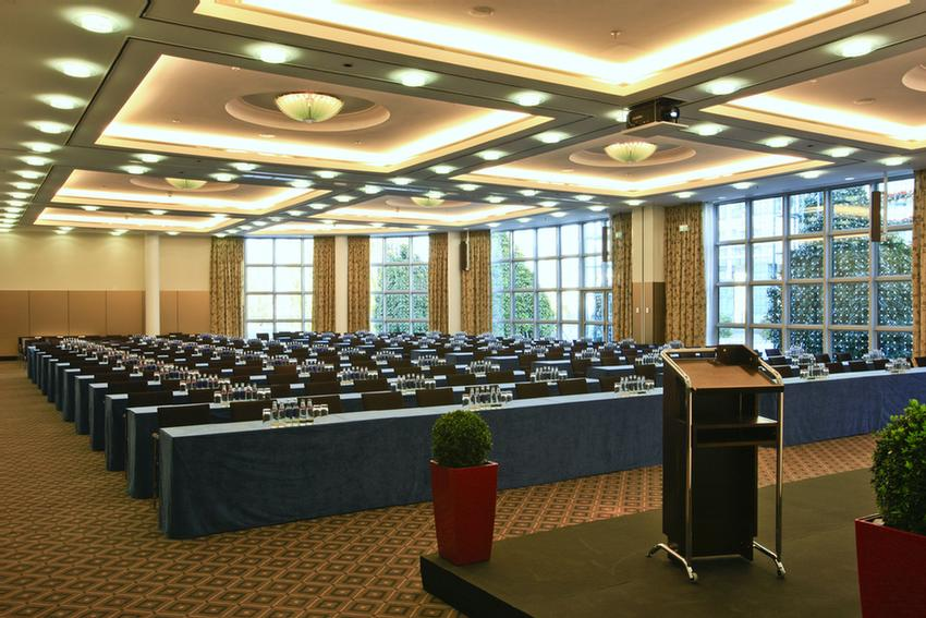 Ballroom München I & II Meeting Space Thumbnail 2