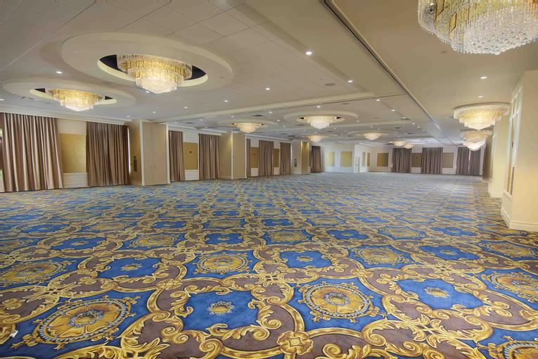 Fontainebleau Ballroom Meeting Space Thumbnail 3