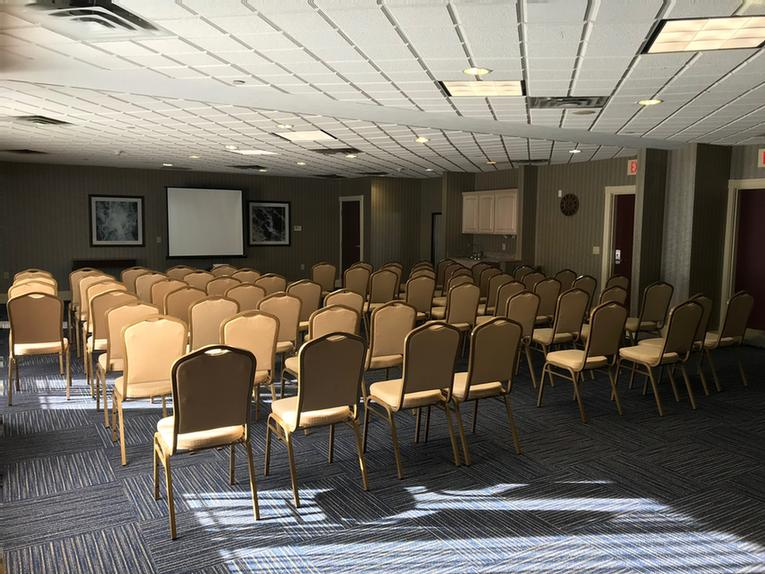 Banquet Room 1 Meeting Space Thumbnail 2