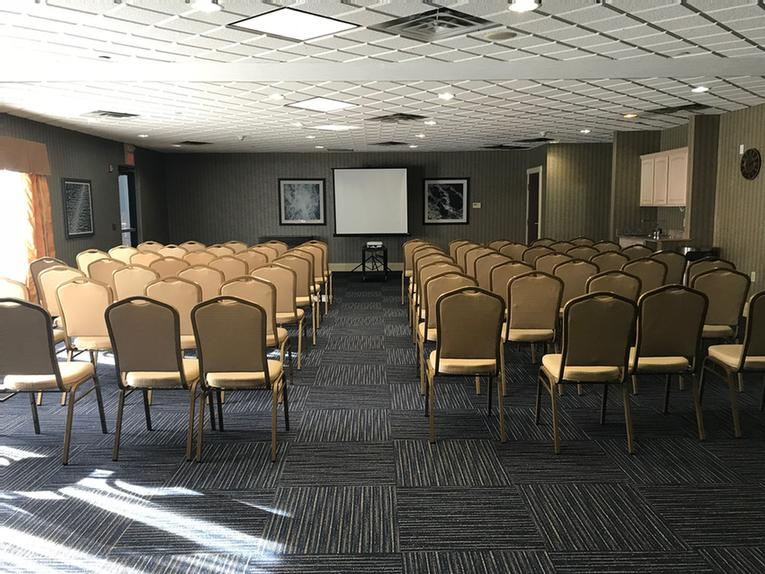 Banquet Room 1 Meeting Space Thumbnail 3